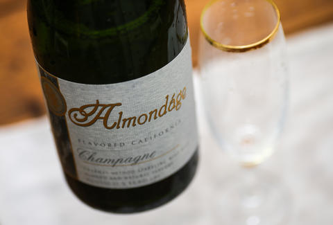 almondage flavored california champagne