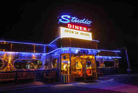 Studio Diner BNOYL Late-Night SD