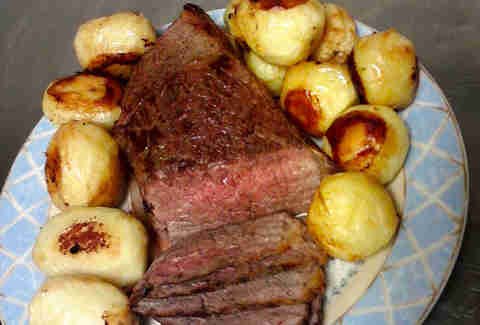 Roast beef and franconia potatoes