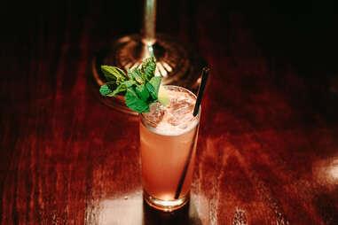 captain foxheart's bad news bar and spirit lodge houston texas