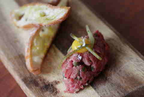 steak tartare charlemagne new york