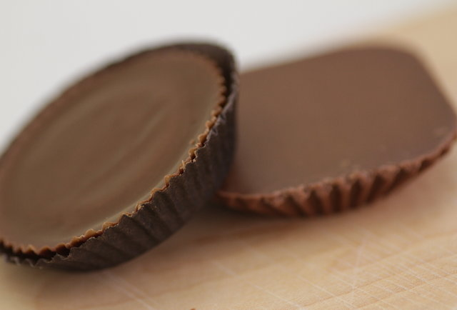 Butterfinger made a peanut butter cup. But is it better than Reese\'s?