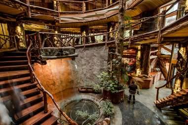 Treehouse hotel lobby
