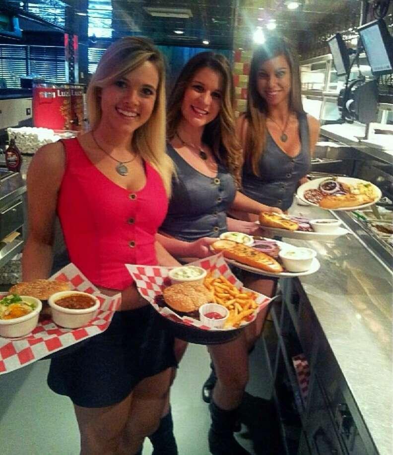 Bone Daddy's waitresses