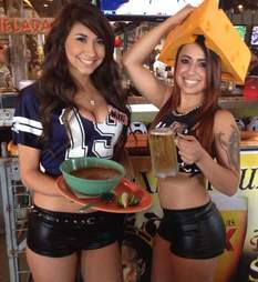 Ojos Locos waitresses