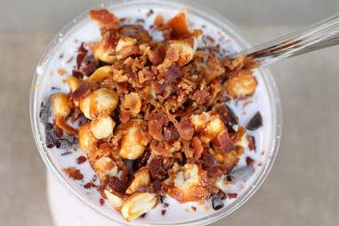 vanilla bacon flurry burke's bacon bar chicago
