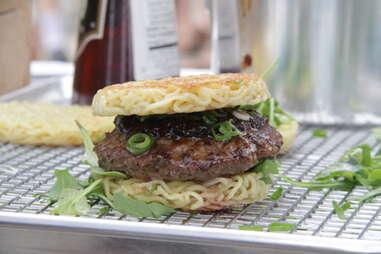 smorgasburg ramen burger