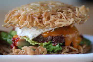 ramen burger buzz bar chicago
