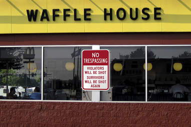 Waffle House no trespassing