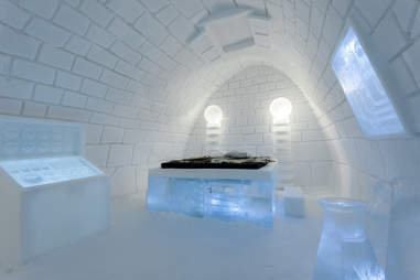 It's Alive Suite at ICEHOTEL