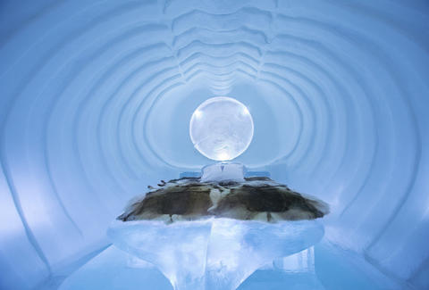 ICEHOTEL 24
