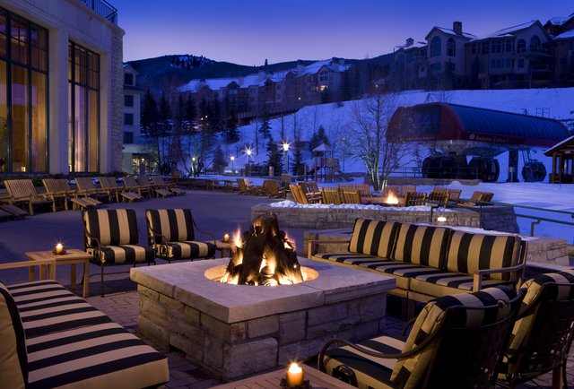 The best (free!) hotel happy hours