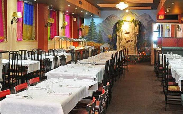 Best Restaurants Near Second City Toronto