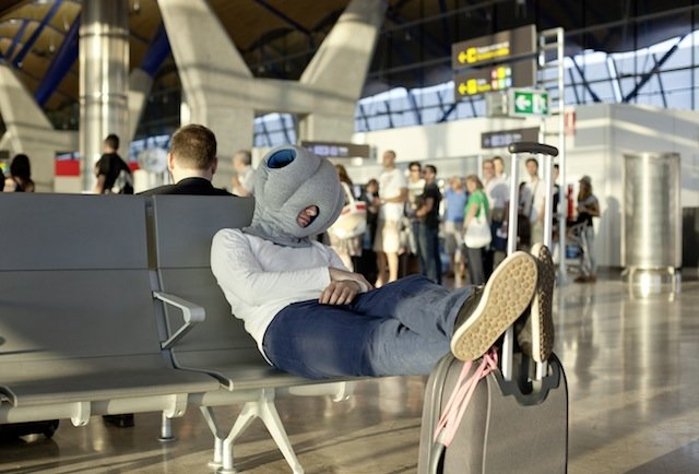 7 foolproof ways to beat a red-eye flight