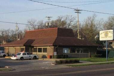 Des Moines police station Pizza Hut