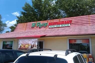 Le Peep Pizza Hut