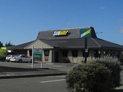 Subway Pizza Hut