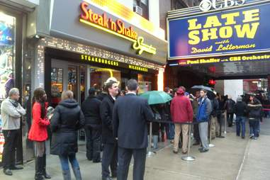 Line outside NYC Steak 'n Shake