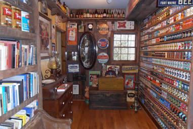 Brewhouse Mountain Eco-Inn Library