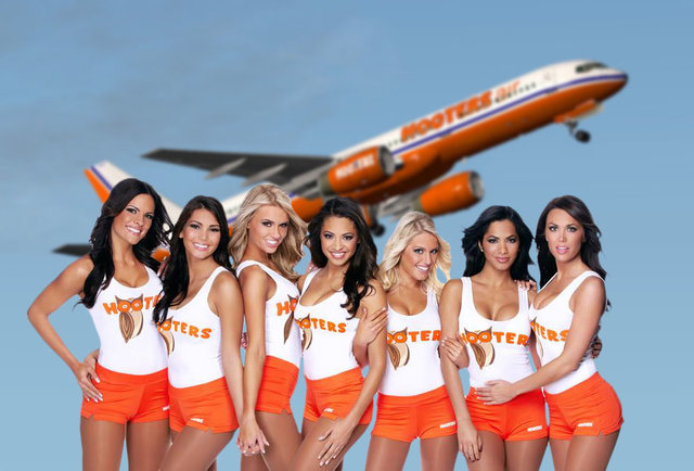 Celebrity Naked United Airlines Flight Images