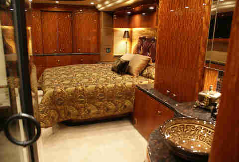 Millenium prevost bedroom