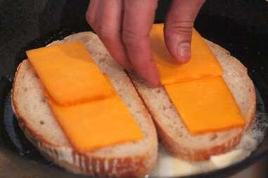 Grilled (Mac &) Cheese Sandwich
