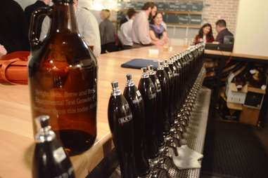 Wright Bros Brew & Brew Growlers Austin
