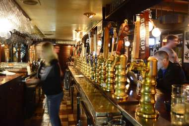 Draught House Pub & Brewery Growlers Austin