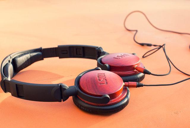 Get wood from LSTN headphones