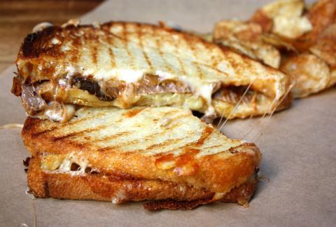 Melt kraft a brooklyn new york restaurant for Athena mediterranean cuisine brooklyn