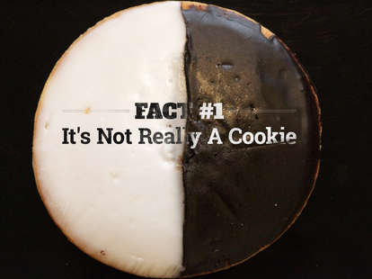 10 Things You Didn't Know about Black and White Cookies