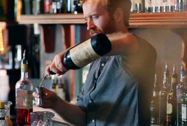 These are the 19 types of bartenders