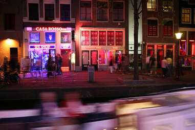 Don't be these 12 Amsterdam tourists