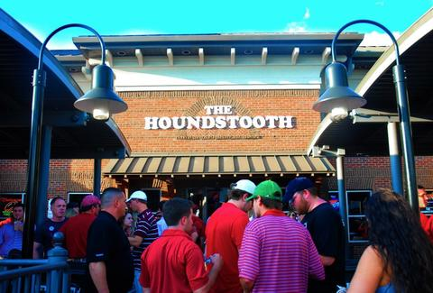 Houndstooth bar