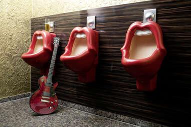 Mick Jagger Lips urinal