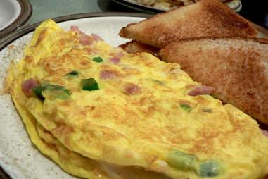 Toronto's best late-night breakfasts
