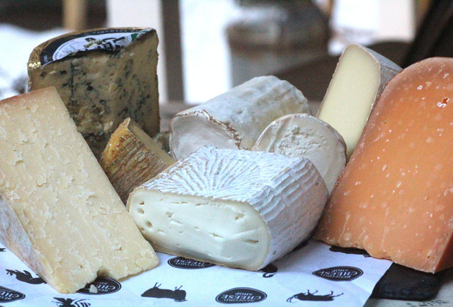 8 delicious alternatives to the boring cheeses you\'re probably eating