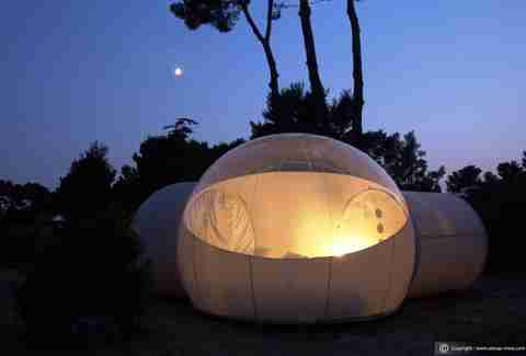 Bubble room by night