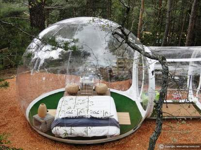 Outdoor bubble accommodation