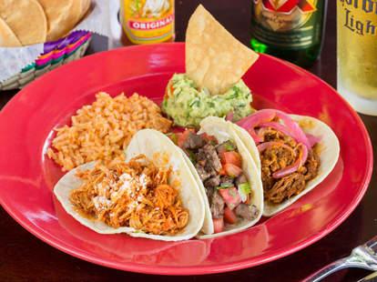 mexican food at la mexicana