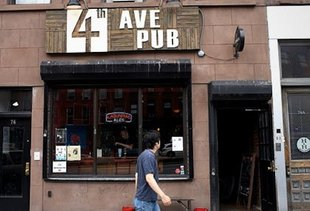 4th Avenue Pub