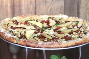 Quirky Turkey Club pizza