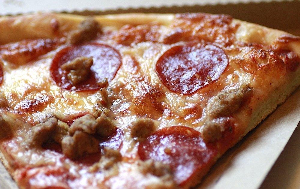 Pisa Pizza: A Chicago, IL Restaurant.