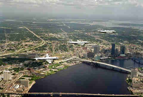 Planes over Jacksonville