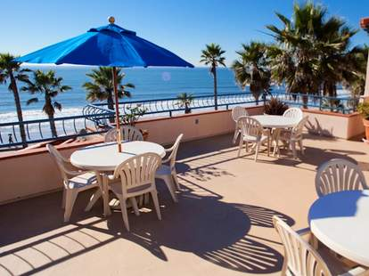Dini's by the Sea SD