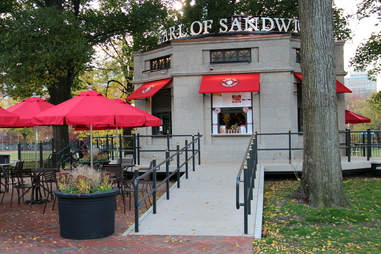 Earl of Sandwich, Boston