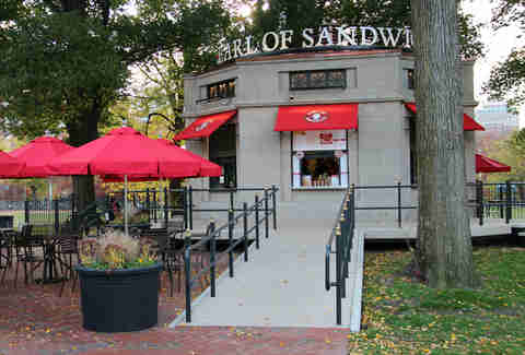 Earl of Sandwich, Boston