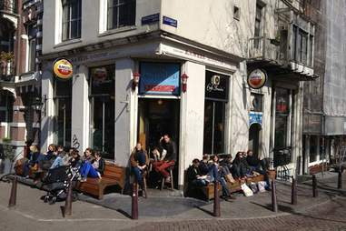 Cafe Brandon exterior