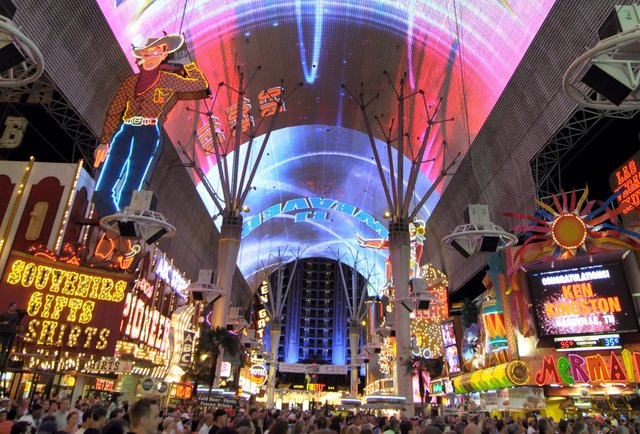 Skip The Strip What To Do In Downtown Vegas Right Now