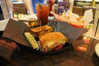 Vivio's Best Corned Beef Sandwiches DET
